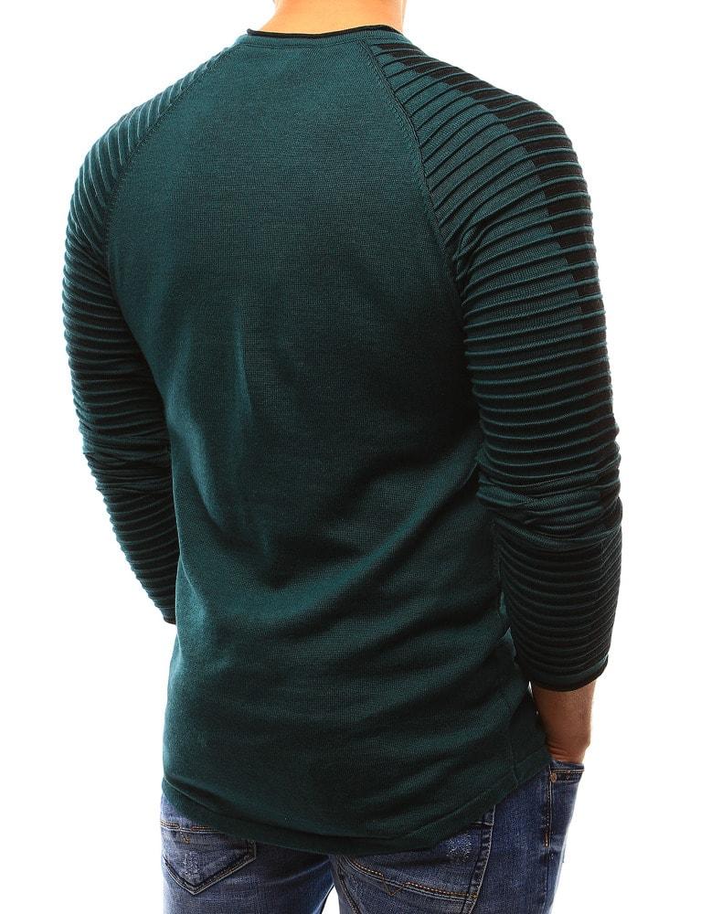447d3557135f Zelený sveter so vzorom na rukávoch - Budchlap.sk