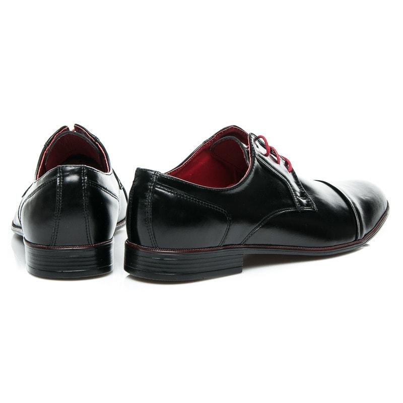 72cf622249 Elegantné lesklé poltopánky čierne s červenými šnúrkami - Budchlap.sk