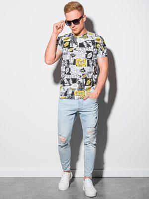 bílé tričko se žlutě černou komiksovým potiskem, modré džíny