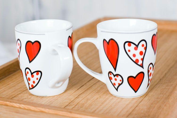 Dárky na Valentýna pro vašeho partnera hrnek