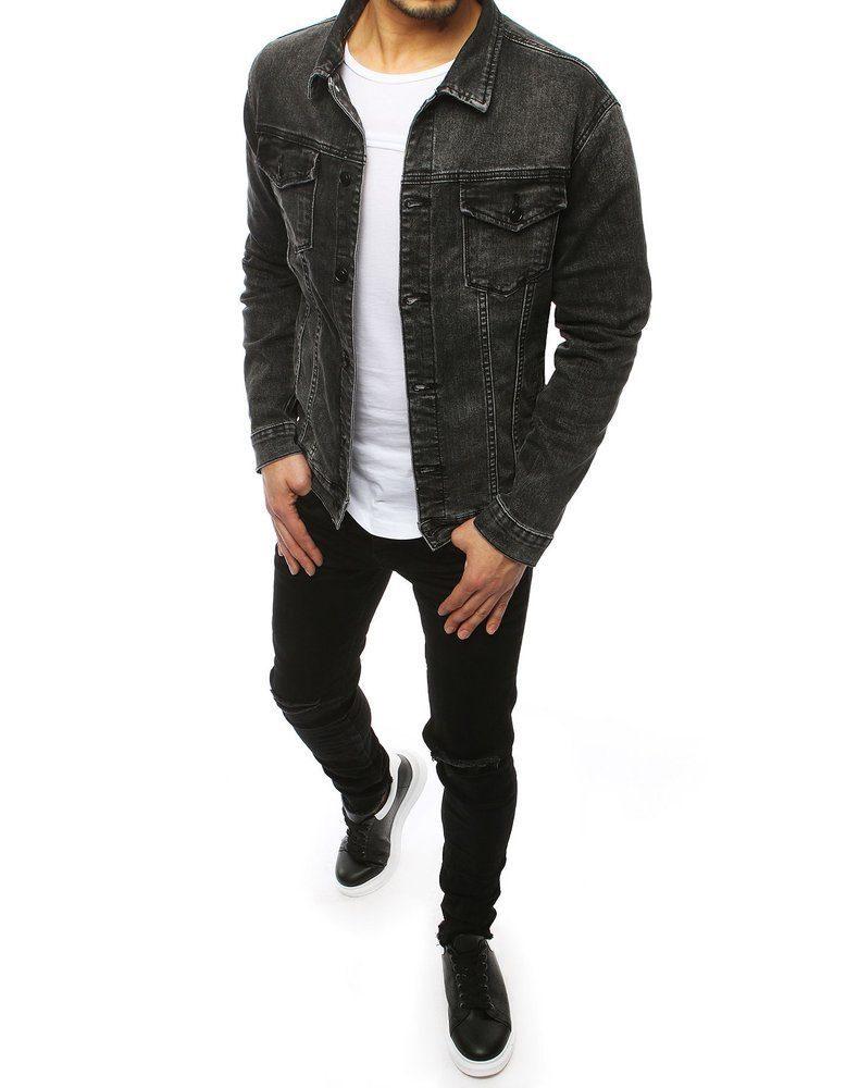 muž v ležérním outfitu, v šedé džínové bundě s černými skinny džínsy