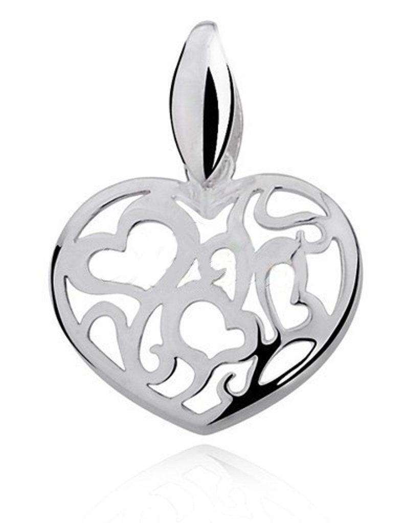 Stříbrný přívěsek plný srdcí