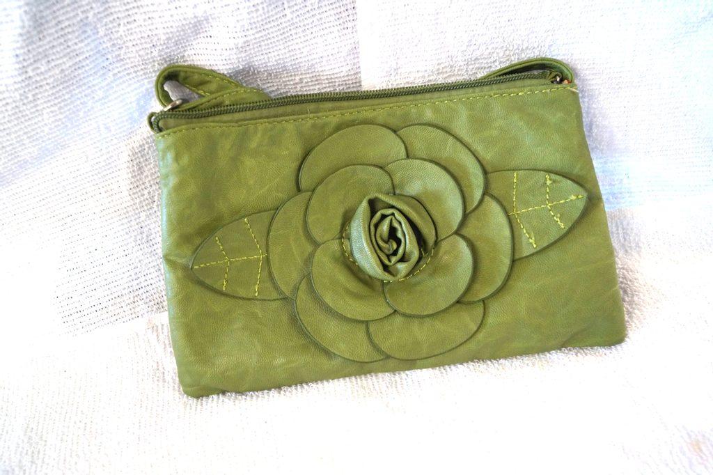 Zelené psaníčko s květinou