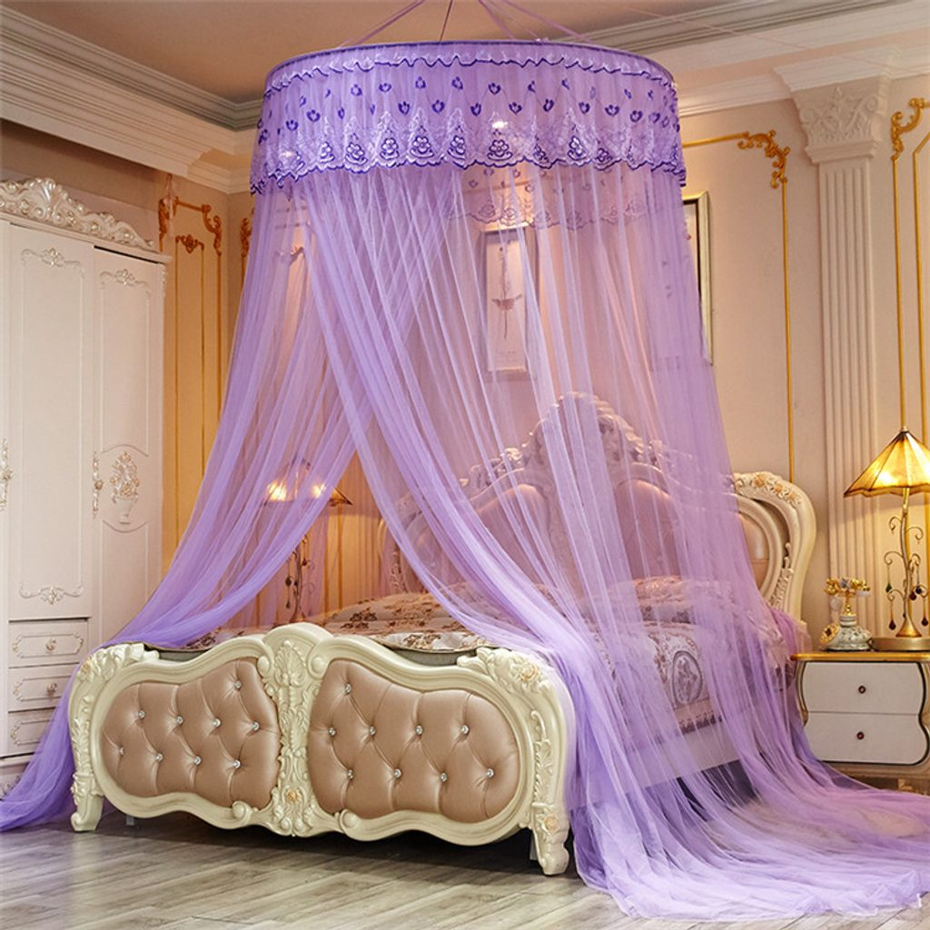 Nádherná nebesa nad postel s ozdobnými volánky - fialová