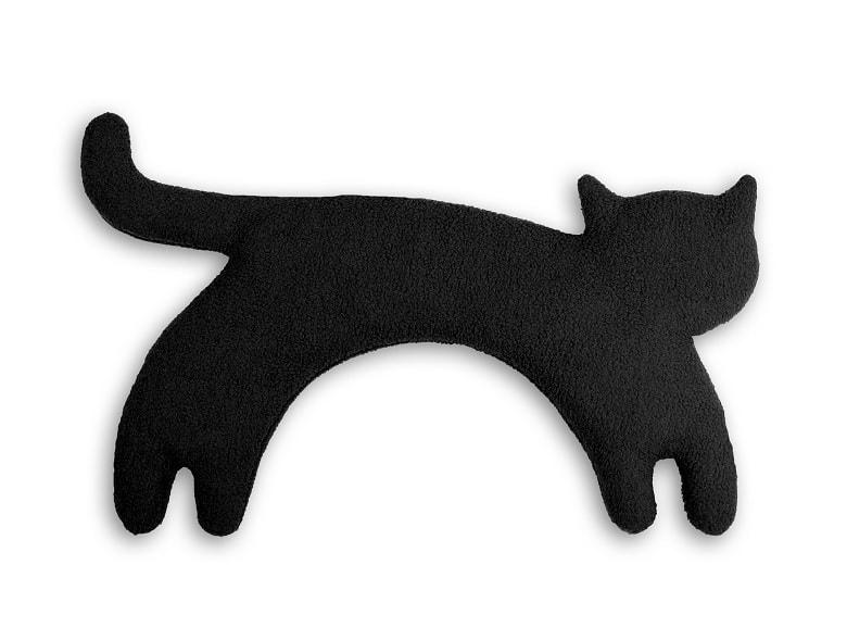 Vintage chlupatá černá kočička