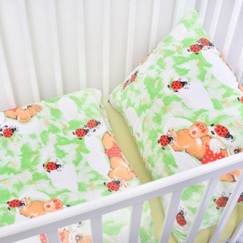 Dětské povlečení krepové berušky zelené (LS305) - Dětské ložní povlečení 135x90 + 40x60 - (LS305)