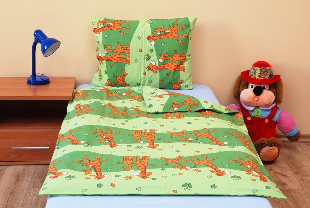 Brotex Bavlnené obliečky do malej postieľky Žirafa zelená