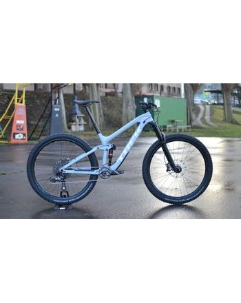 "Trek Slash 9.7 2019 17,5"" BAZAR"