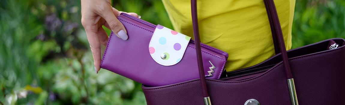 14b2be65142f8 Elegantné dámske peňaženky - Vuch