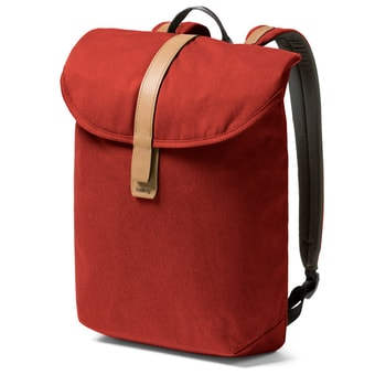 Bellroy Slim Backpack minimalista hátizsák - Red Ochre