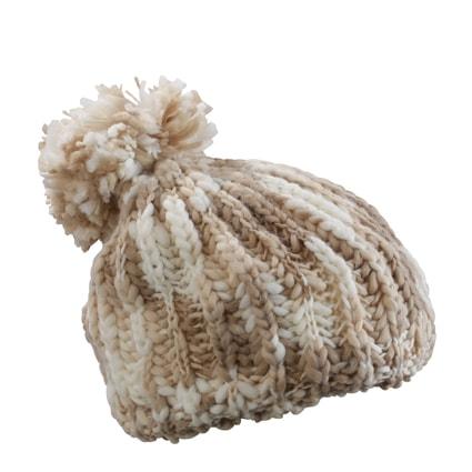 547efb308 Trendy pletená čiapka s brmbolcom | zimné čiapky a šály - DobrýTextil.sk