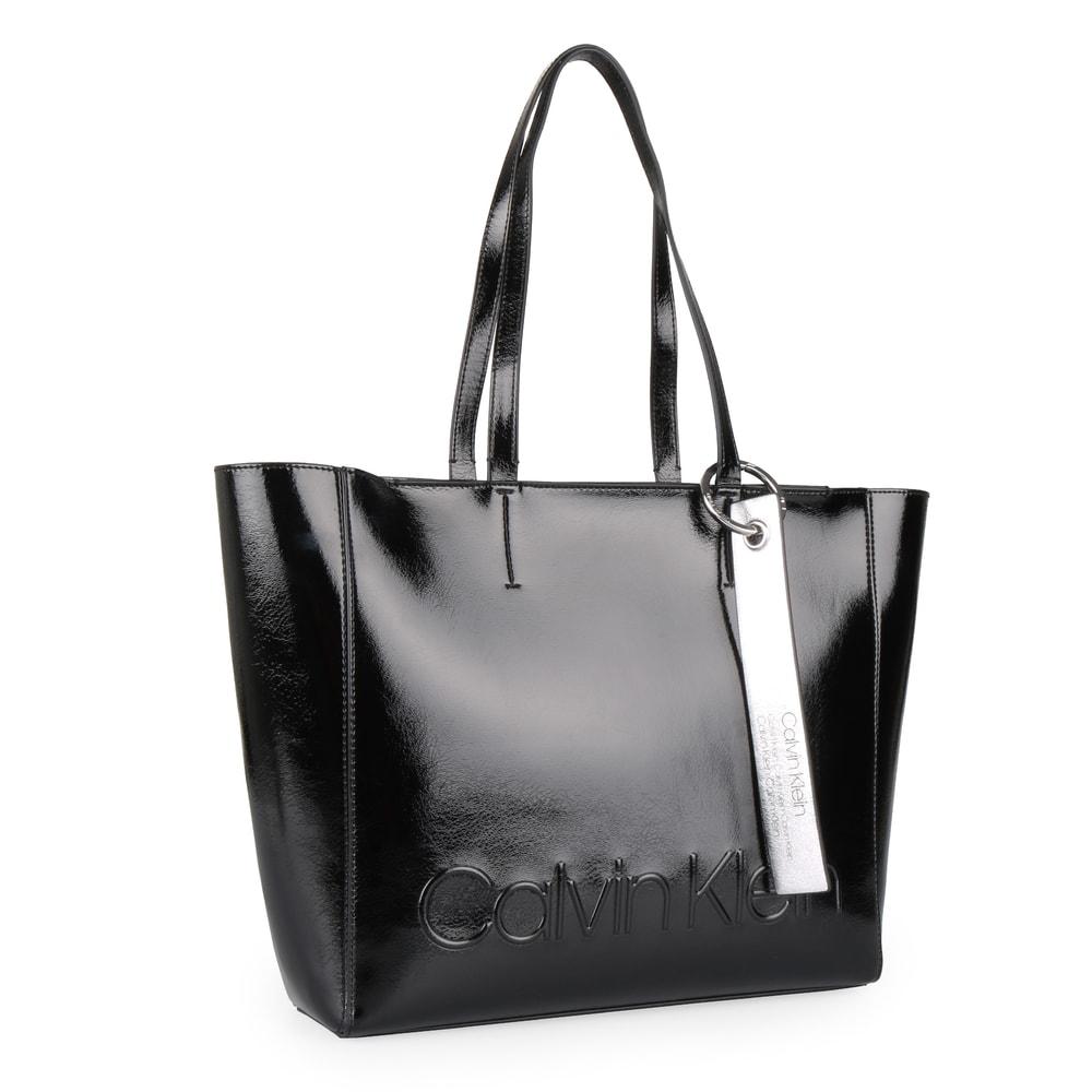 Calvin Klein Dámská kabelka přes rameno Edged K60K605051 - černá