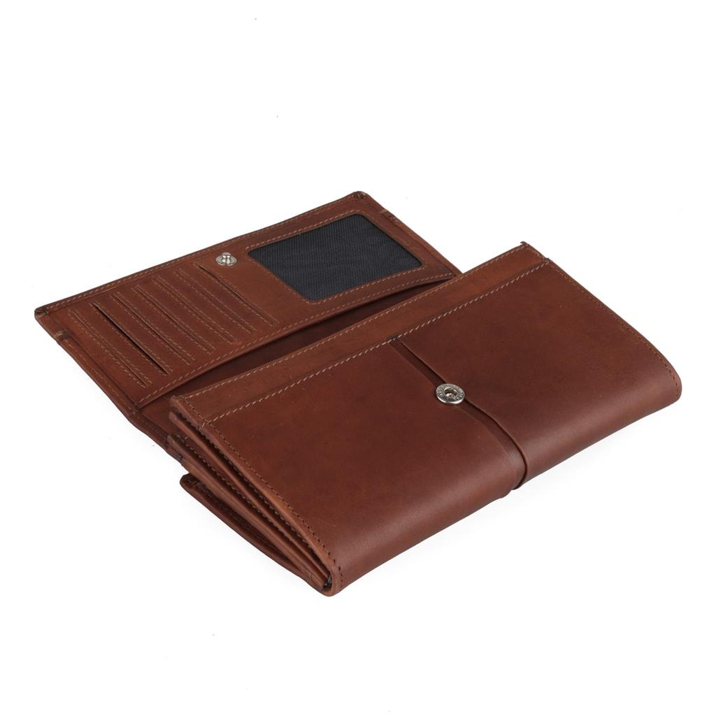 207ff7840 DÁMSKE PEŇAŽENKY{% if Zapínání peněženky Maitre je klopnou a patentem.