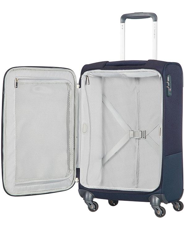 f7e44bf27265e Co se týká úložného prostoru, kufr je vybavený křížovými popruhy pro  bezpečné zajištění obsahu a zipovou kapsou ve víku kufru, která poskytuje  vynikající ...