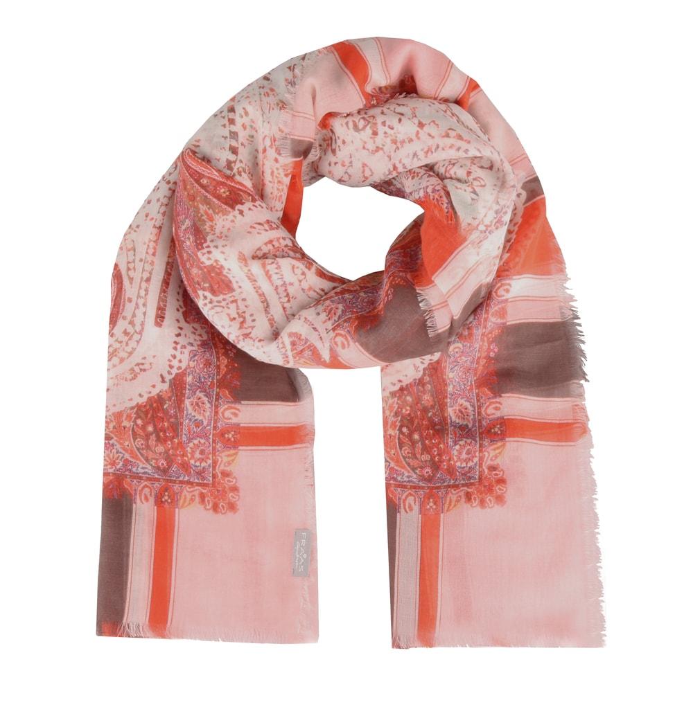 6c092838cf22 Nádherný barevný šátek z kolekce jaro léto 2019 od německé značky Fraas  rozveselí váš outfit.