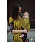 LITTLE FROG RING SLING - LEMON WILDNESS - M - LITTLE FROG /BELOVED SLINGS RING SLING{% if kategorie.adresa_nazvy[0] != zbozi.kategorie.nazev %} - ŠÁTKY{% endif %}