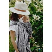 LITTLE FROG RING SLING - CARBON HARMONY - M - LITTLE FROG /BELOVED SLINGS RING SLING{% if kategorie.adresa_nazvy[0] != zbozi.kategorie.nazev %} - ŠÁTKY{% endif %}