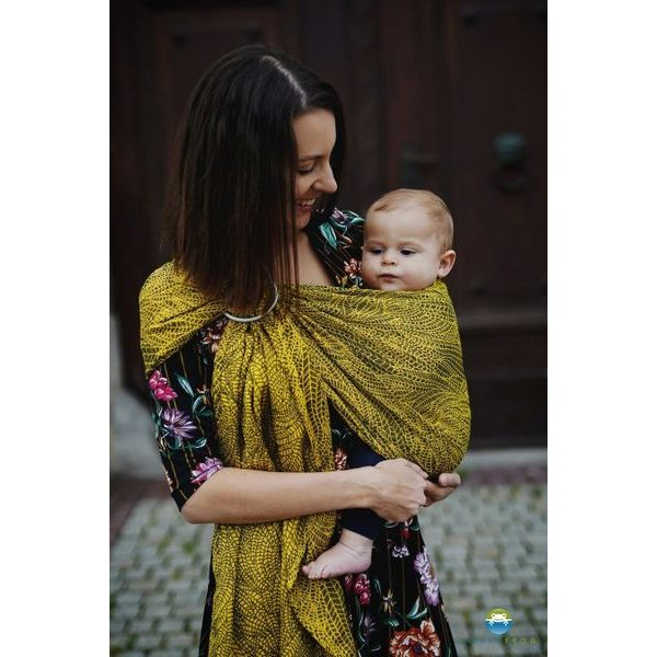 LITTLE FROG RING SLING - LEMON WILDNESS - M - LITTLE FROG /BELOVED SLINGS RING SLING{% if zbozi.kategorie.adresa_nazvy[0] != zbozi.kategorie.nazev %} - ŠÁTKY{% endif %}