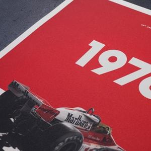 Automobilist - McLaren M23 - James Hunt - Marlboro