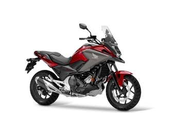 Honda NC750X DCT candy chromosphere red