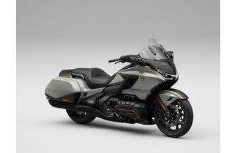 Honda GL1800 Gold Wing DCT pearl deep mud grey