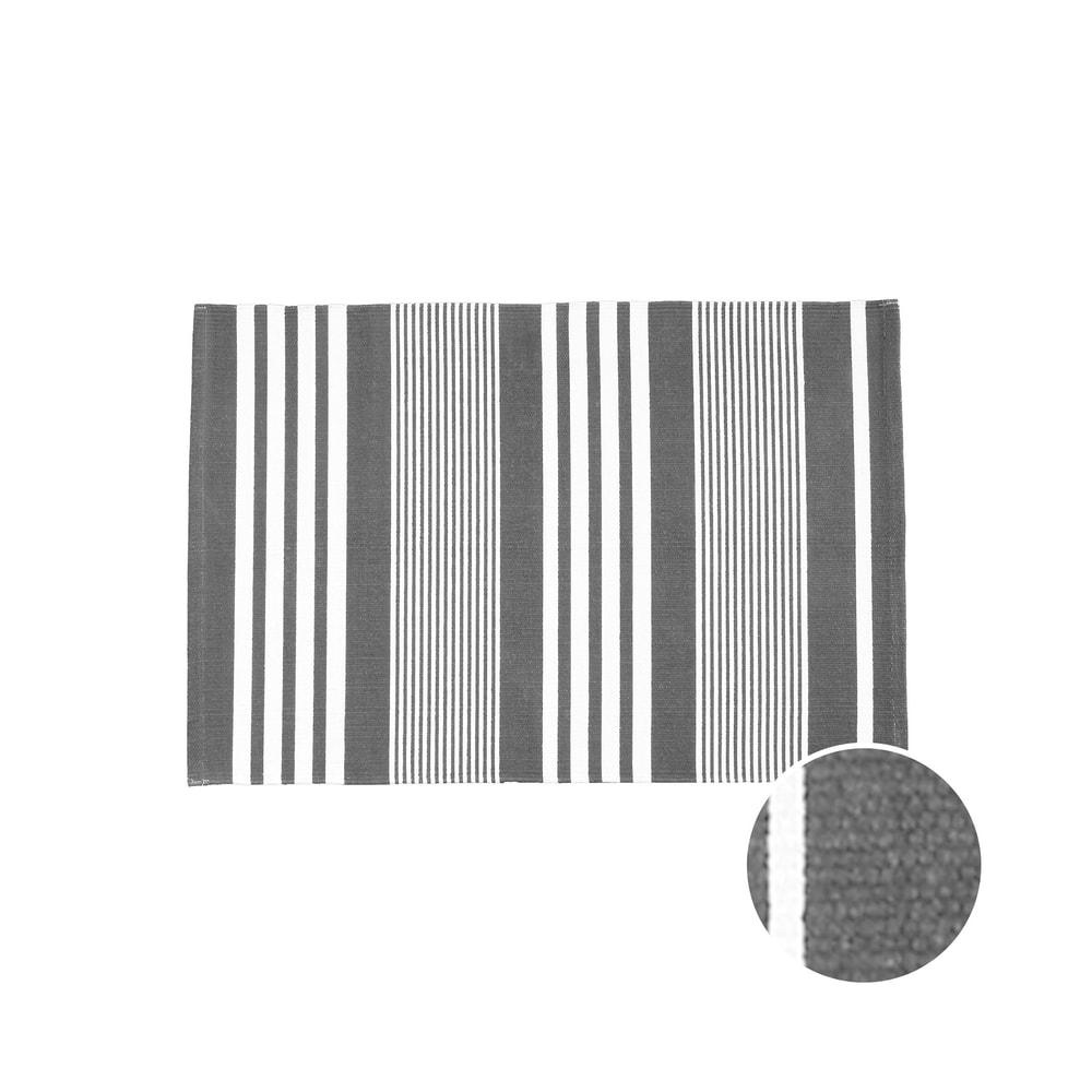 SILENT DANCER Koberček pruhovaný 60 x 90 cm - čierna/biela