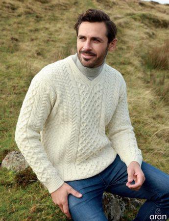 LIAM tradiční vlněný aranský svetr a72eee8f60