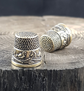 BIRDS, THIMBLE ANTIQUE BRASS FINISH - COSTUME JEWELLERY