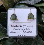 TRIANGULAR - MOLDAVITE EARRINGS 8X8 SILVER - MOLDAVITES, CZECH JEWELS