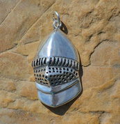 MEDIEVAL HELMET, SILVER PENDANT, AG 925 - MYSTICA SILVER COLLECTION - PENDANTS