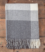 GREY & WHITE, LAMBSWOOL - CASHMERE BLANKET IRELAND - WOOLEN BLANKETS AND SCARVES, IRELAND