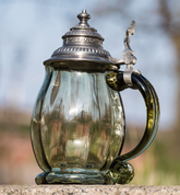HISTORICAL TANKARD, GREEN GLASS, TIN - HISTORICAL GLASS