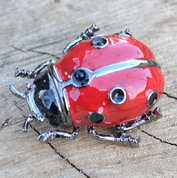 LADYBUG, BEETLE, COSTUME BROOCH - COSTUME JEWELLERY
