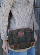 ARAN TWEED LEATHER SHOULDER BAG - SACS EN LAINE