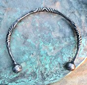 ISARNO, FORGED CELTIC TORQUES - FORGED JEWELRY, TORCS, BRACELETS