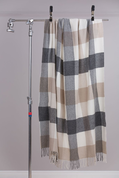 GREY, BONE, WHITE CHECK THROW, LAMBS WOOL BLANKET - COUVERTURES ET CHÂLES EN LAINE D'IRLANDE