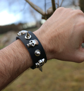 ROCKER, LEATHER BRACELET XVIII - WRISTBANDS