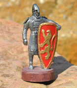 NORMAN WARRIOR WITH A PAINTED SHIELD. TIN FIGURE - PEWTER FIGURES