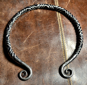 TWISTING IRON TORC - FORGED PRODUCTS