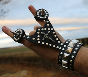 SIGN OF THE HORNS, LEATHER GLOVE - WRISTBANDS