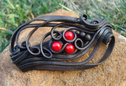 HAIR BROOCH WITH CORALS - SCHMUCK MIT STEINEN
