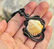 SHELL JEWELS - SEA JEWELLERY - PIERRES ET FANTASY