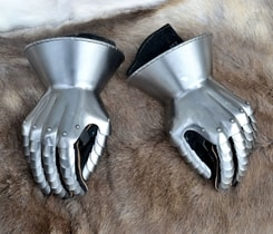 Medieval Hourglass Gauntlets