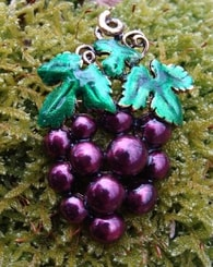 GRAPES OF WINE, pin brooch