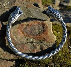VIKING BEASTS, bracelet from Burg, Sweden, tin