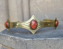 MEDIEVAL GOTHIC CROWN with jasper, 3 stones