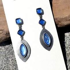 DORIS, earrings, blue glass