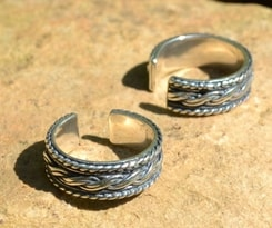 KNOTTED STERLING NORSE RING