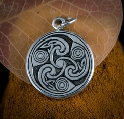 IRISH SPIRALS - Triskele, Book of Kells, silver pendant