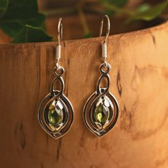 MAIA, earrings, faceted Moldavite, silver